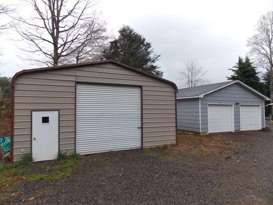 48 Monorat Rd, Woodlawn, VA 24381