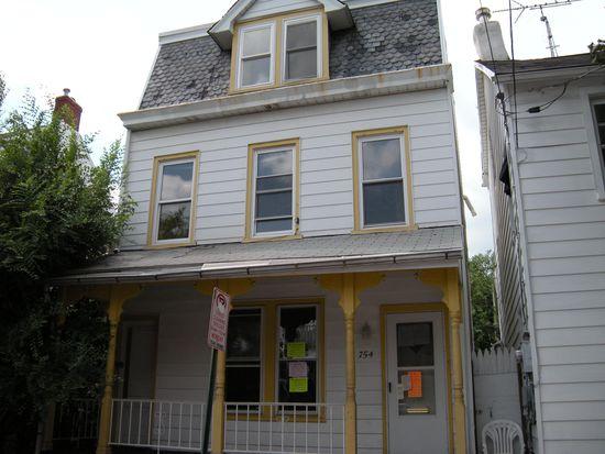 754 N Lumber St, Allentown, PA 18102