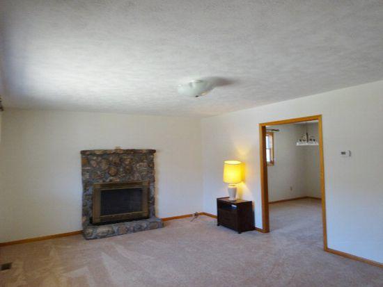2976 Dry Fork Rd, Rocky Gap, VA 24366