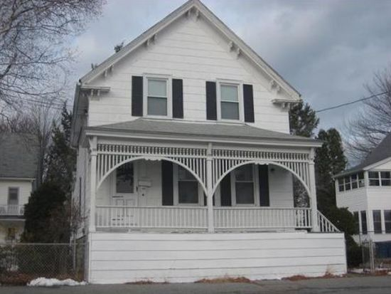 88 Abbott St, Lawrence, MA 01843