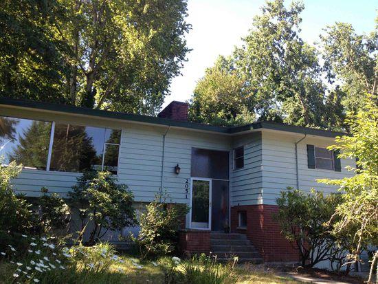 2051 NE 97th St, Seattle, WA 98115