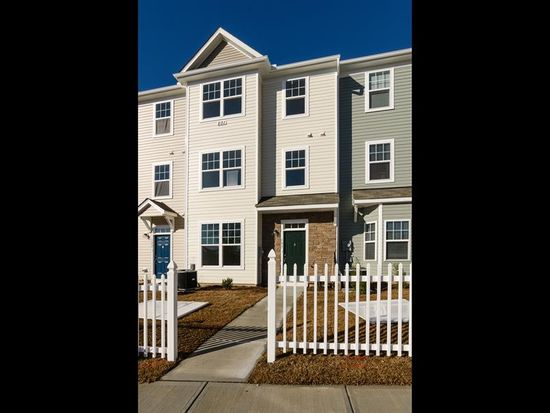 201 Coalinga Ln UNIT 103, Raleigh, NC 27610