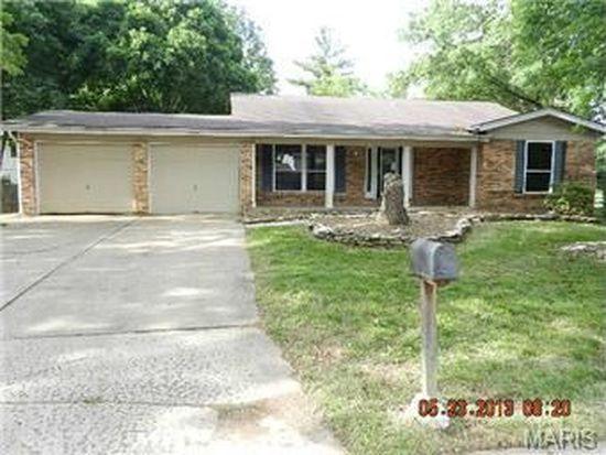 3834 Summerview Dr, Saint Charles, MO 63304