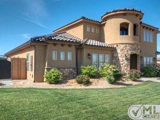 114 E Sky View Ln, Washington, UT 84780