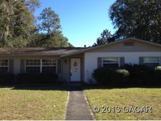 3703 NW 49th Ln, Gainesville, FL 32605
