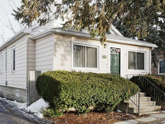 319 N Grant St, Westmont, IL 60559