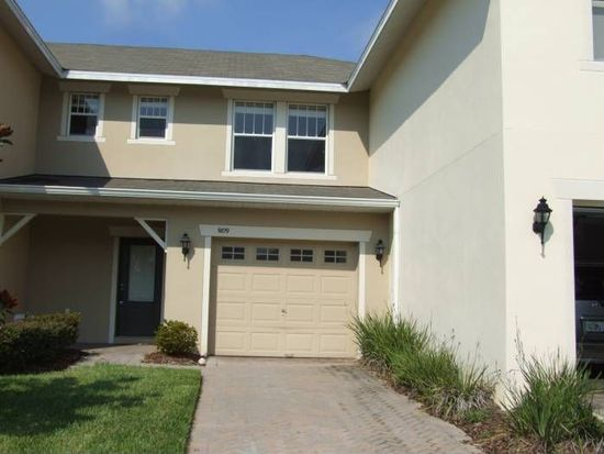 9819 Tivoli Villa Dr, Orlando, FL 32829