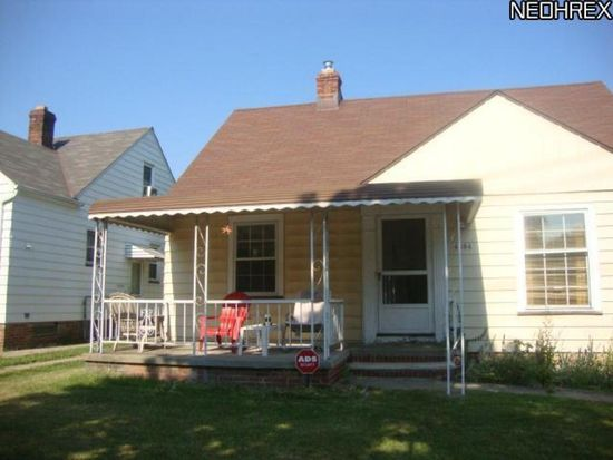 4384 W 56th St, Cleveland, OH 44144