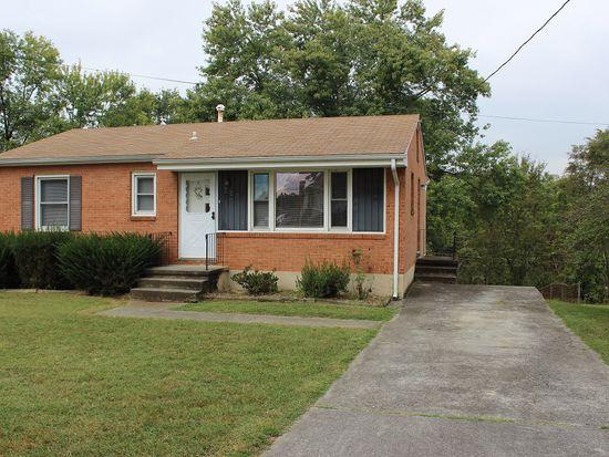 727 Spruce St, Vinton, VA 24179
