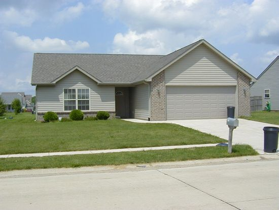 1324 Shining Armor Ln, West Lafayette, IN 47906