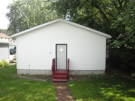 215 S Charles St, Waukesha, WI 53186