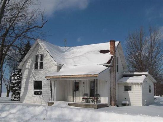 325 W Main St, Millersburg, IN 46543