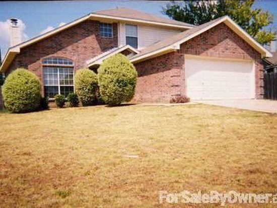 303 Oak Meadow Ln, Cedar Hill, TX 75104