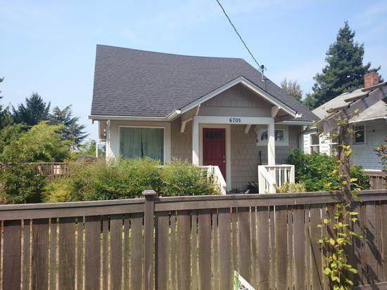 6705 Holly Pl SW, Seattle, WA 98136