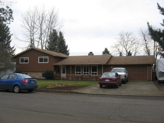 645 NE 20th Ave, Canby, OR 97013