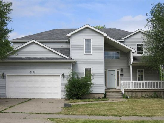 2112 Smith St, Fort Wayne, IN 46803
