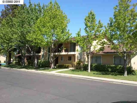 71 Meadowbrook Ave, Pittsburg, CA 94565
