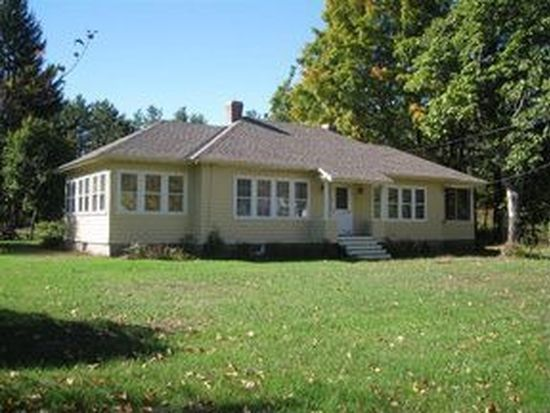 16 Marshall Rd, Kingston, NH 03848