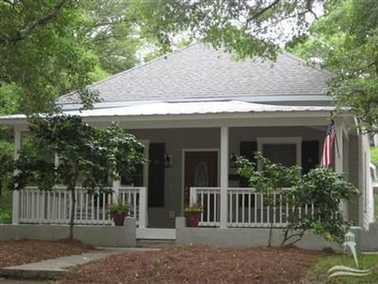 408 Clarendon Ave, Southport, NC 28461