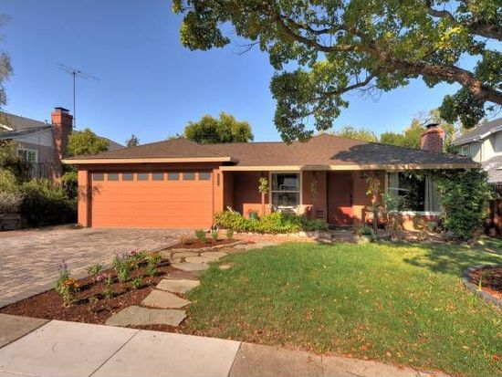 1271 Foothill St, Redwood City, CA 94061
