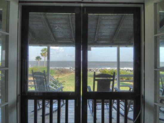 1104 Beachview Dr, St Simons Island, GA 31522