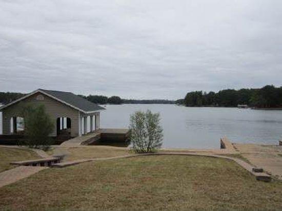 124 Island Dr, Milledgeville, GA