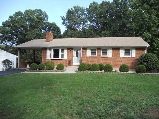 1216 Grove Rd, Lynchburg, VA 24502
