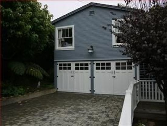 128 5th St, Pacific Grove, CA 93950