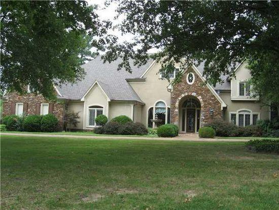 8987 Claiborne Farm Dr, Memphis, TN 38138