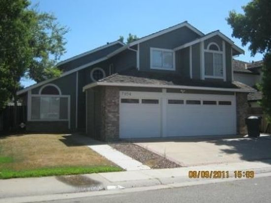7954 Bucks Harbor Way, Sacramento, CA 95828