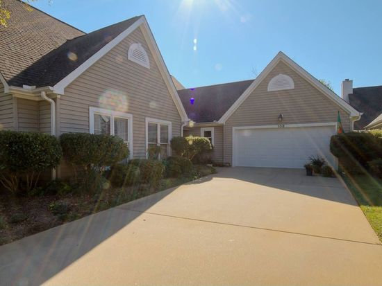 108 Forest Lake Dr, Simpsonville, SC 29681