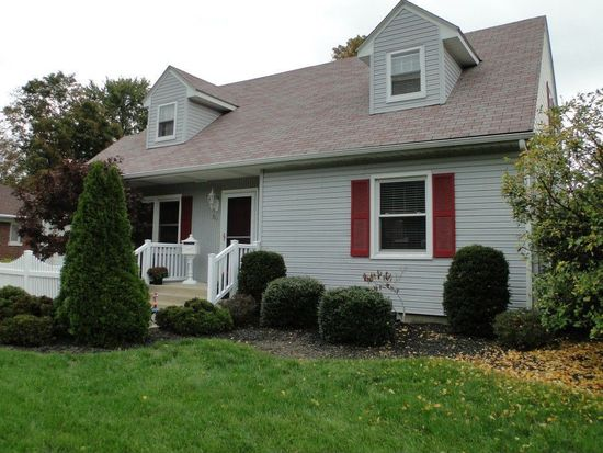 311 Indiana Dr, Erie, PA 16505