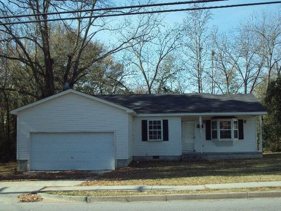 607 Martin Luther King St, Thomson, GA 30824