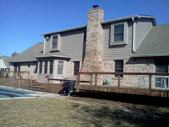 8820 Rahke Rd, Indianapolis, IN 46217