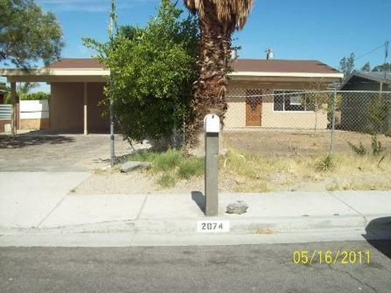 2074 Lawrence St, Palm Springs, CA 92264