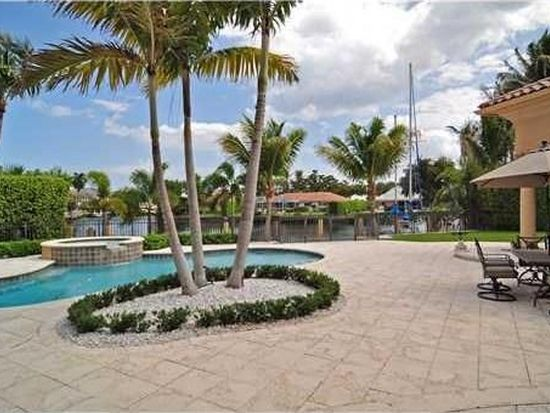 2 Bay Colony Pt, Fort Lauderdale, FL 33308