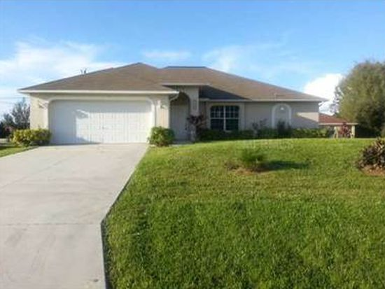 1917 SW 3rd St, Cape Coral, FL 33991