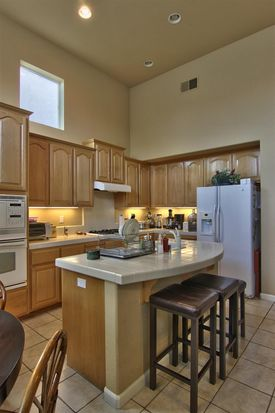 10085 Annie St, Elk Grove, CA 95757