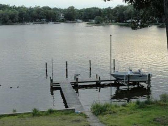 1404 Oak Bluff Rd, Edgewater, MD 21037