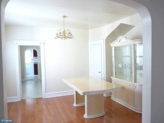 618 Greenway Ave, Darby, PA 19023