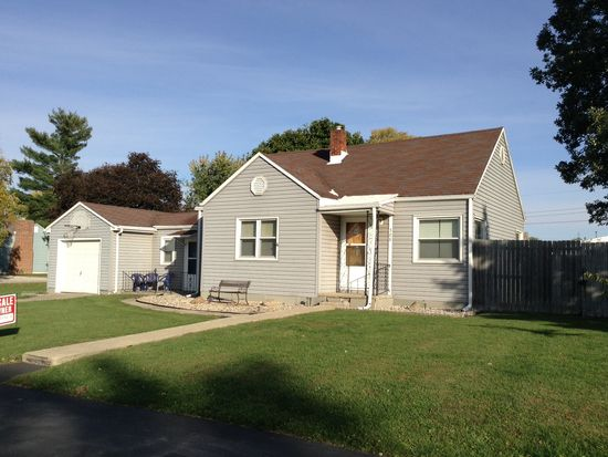 308 W 4th St, Brookston, IN 47923
