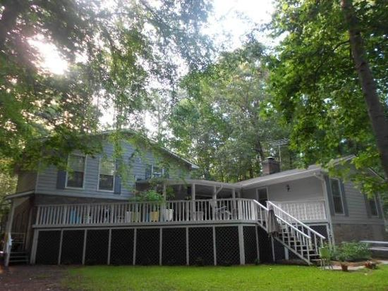 129 Lakecrest Dr NE, Milledgeville, GA 31061