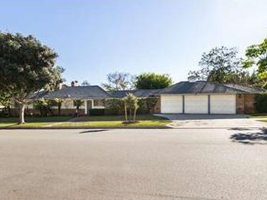 633 N Oakhurst Dr, Beverly Hills, CA 90210