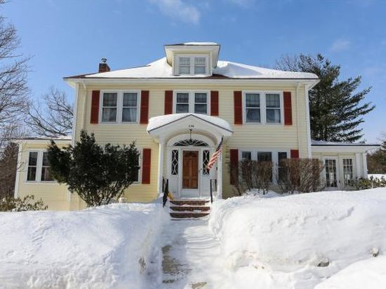 1188 Union St, Manchester, NH 03104