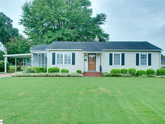 4 Plymouth Ave, Greenville, SC 29607
