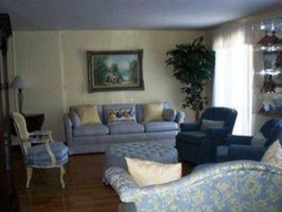 103 Mcnair Rd, Williamsville, NY 14221