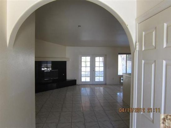 68125 Tortuga Rd, Cathedral City, CA 92234