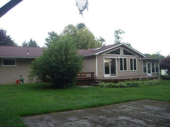 236 N Main St, Meadville, PA 16335