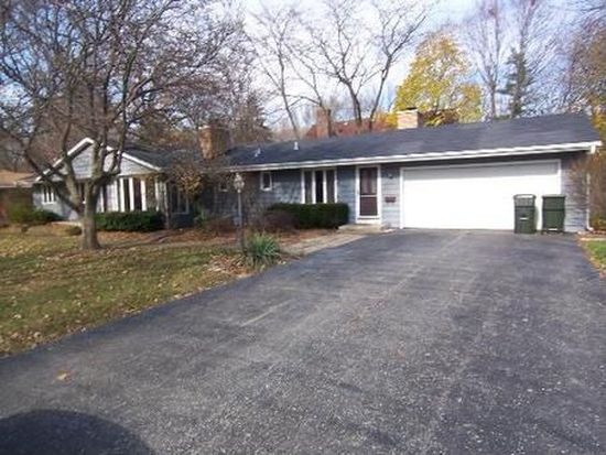 1075 Prairie Ave, Naperville, IL 60540