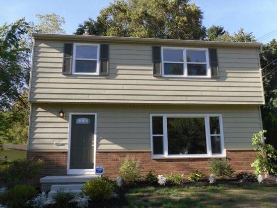 1639 Fairfax Rd, Akron, OH 44313